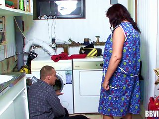 Lonely Fat Housewives Find The Sexual Satisfaction They Need